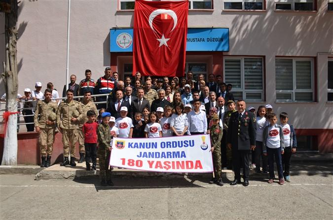 'Jandarma ve Öğrenci El Ele' Projesi Uluköy İlk-Ortaokulu'nda