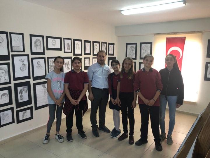 Atatürk ortaokulun'dan Yıl Sonu resim sergisi