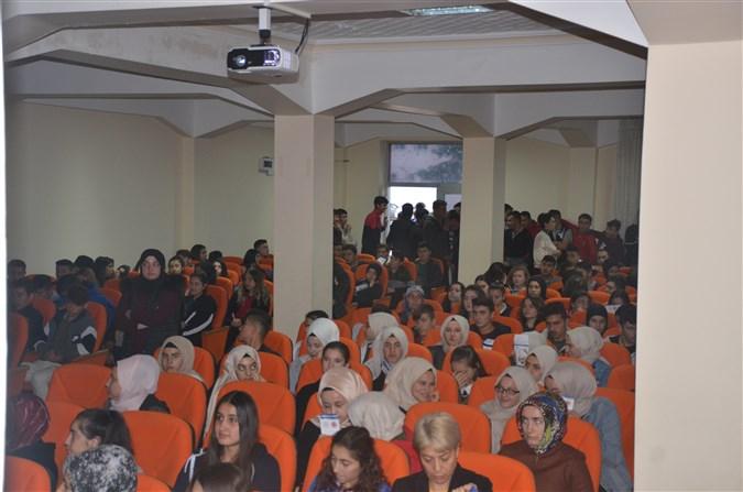 Taşova'da Öğrencilere Organ Bağışı Semineri Verildi