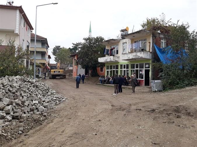 Çaydibi Köyünde Altyapı Çalışmaları Devam Ediyor