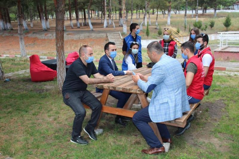 Kaymakam Çelik, 5 Haziran Dünya Çevre Günü Münasebetiyle Uluköy Şehit Mustafa Düzgün İlk-Orta Okulunu Ziyaret Etti