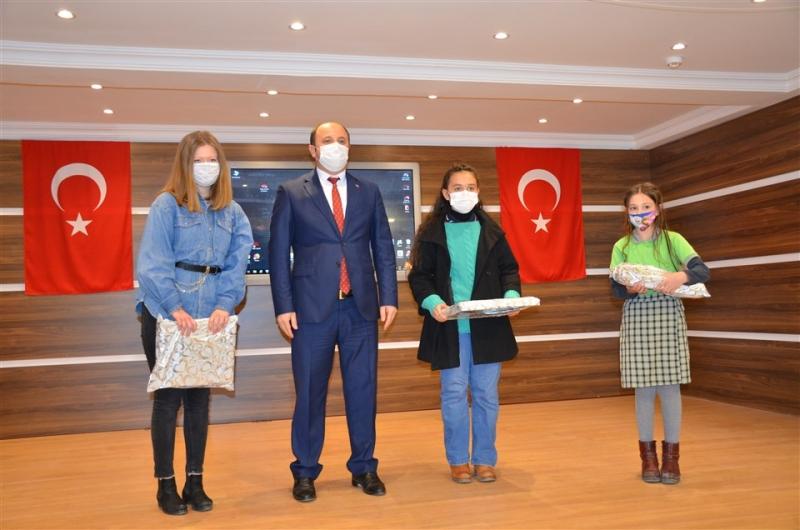 Taşova'da İstiklal Marşı'nın Kabulünün 100. Yılı Kutlandı