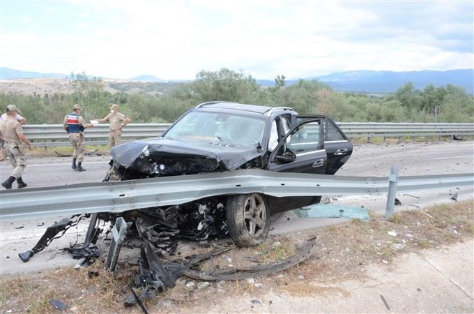 Taşova Erbaa  Yolunda Aşırı Hız: Kazada 2 Ölü 5 Yaralı