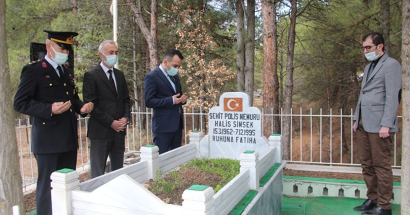 18 Mart Çanakkale Zaferi ve Şehitleri Anma Gününde Şehit Kabirleri Ziyaret Edildi
