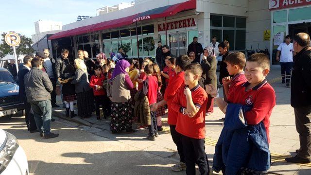 41 öğrenci, gıda zehirlenmesi şüphesiyle hastaneye kaldırıldı