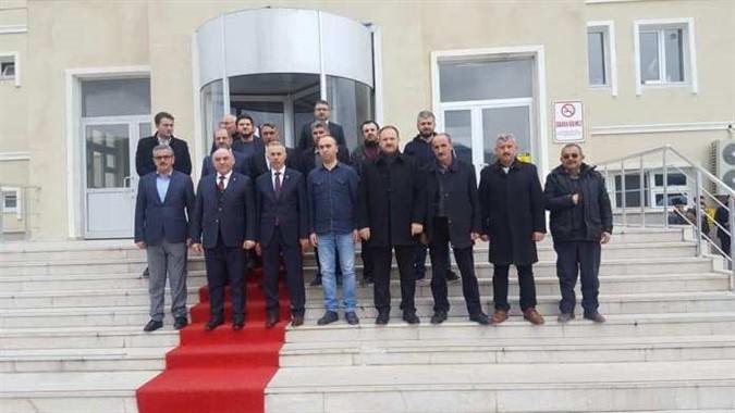AKP'den Kurum ve Esnaflara Ziyaret