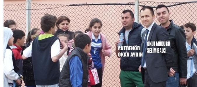 Atletizimde Atatürk Ortaokulu Rüzgarı..