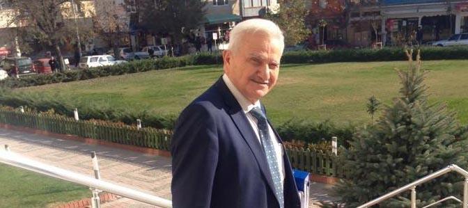 Avukat Nail Eren vefat etti.
