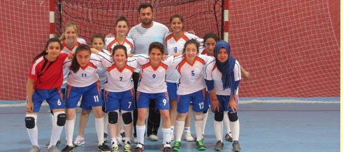 Bayanlar Futsal Müsabakasında Sağlık Meslek Lisesi  METEM' i 4-1 Mağlup Etti..