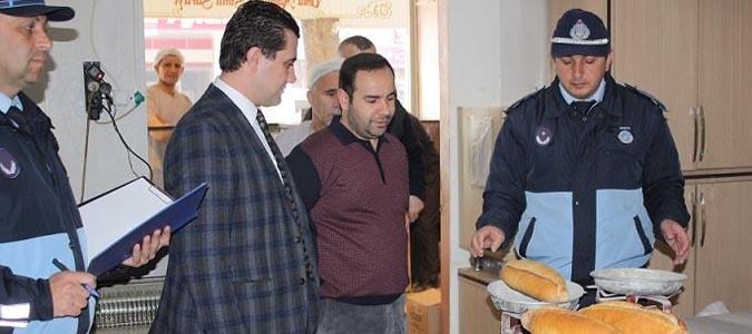 Belediye Zabıtaları Ekmek Fırınlarını Denetledi