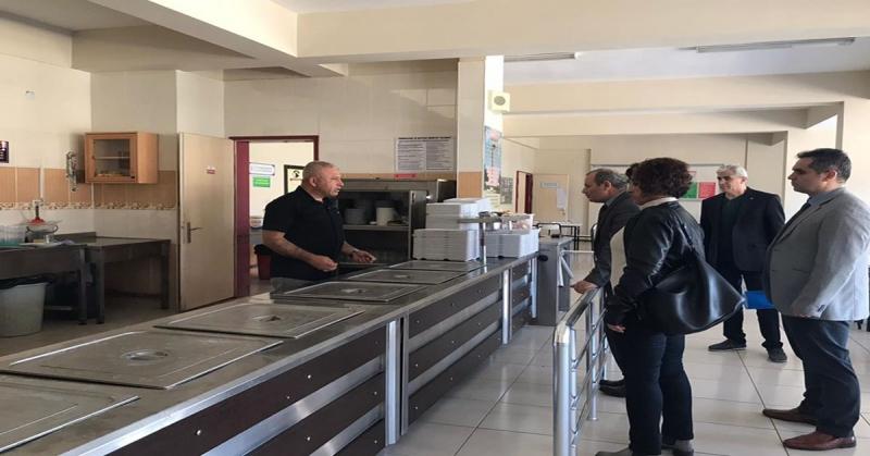 'Beslenme Dostu Okul' Projesi Kapsamında Taşova Merkez ve Köy Okulları'nda Denetim Yapıldı