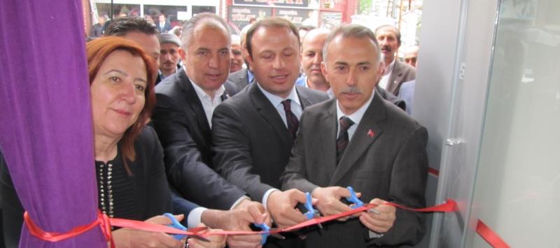Brillant Perde Taşova'da Açıldı..