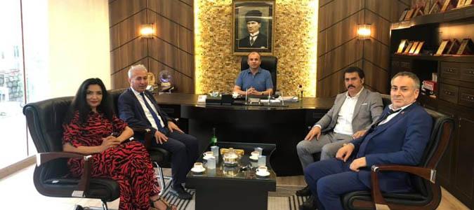 Dernekler Konfederasyonu Ali Rıza AĞIŞ'ı  Ziyaret Etti