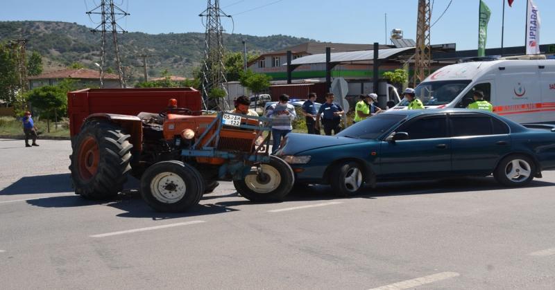 Erbaa - Taşova Karayolu Sanayi Kavşağında Trafik Kazası