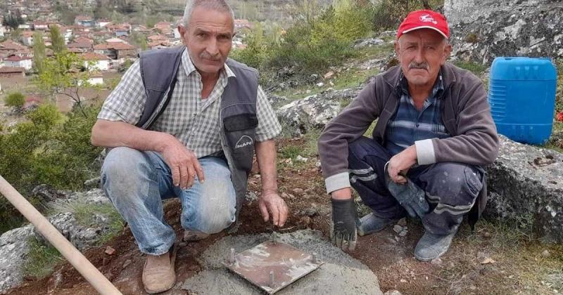 Esençay ATATÜRK Çamlığına Türk Bayrağı Dikmek İçin Çalışmalara Başladılar
