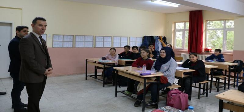 İl Milli Eğitim Müdürü Kösterelioğlu'ndan Belevi Ortaokuluna Ziyaret