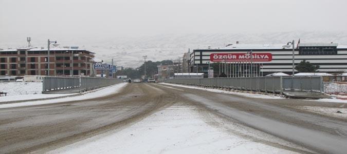 İlçemiz Taşova ve Çevre köyleri Karla Kaplandı