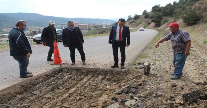 Kaymakam Çelik Uluköy Yolunun Bakım Çalışmalarını Yerinde İnceledi