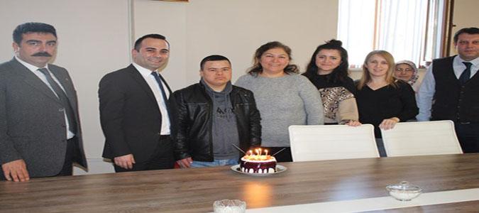 Kaymakam Çelik'ten Down Sendromlu Furkan Bektaş'a Doğum Günü Sürprizi
