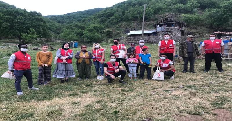 Kızılay Amasya ve Taşova Yaylalarındaki Köylerde Maske ve Dezenfektan Dağıttı