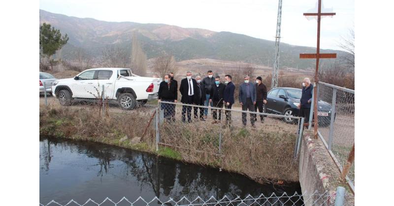 Köy Muhtarlarının İş Taleplerini Yerinde İnceledi