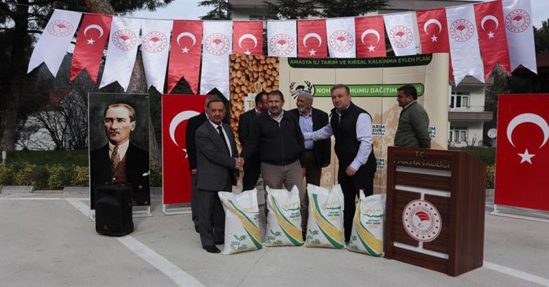 'Nohut Yetiştiriciliği Projesi'nde Çiftçilere 36 Ton Nohut Tohumu Dağıtımı Gerçekleştirildi