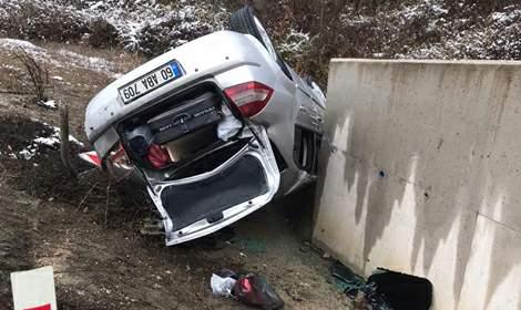Otomobil devrildi: 2 yaşındaki Zeynep öldü, 3 yaralı