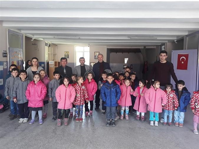 Sepetli Köyü İlkokuluna Yardım