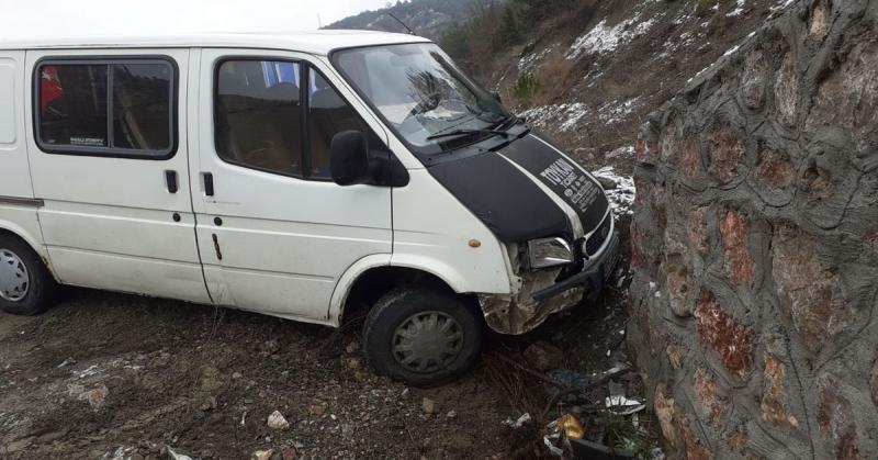 Taşova - Çaydibi Kavşağında Maddi Hasarlı Trafik Kazası