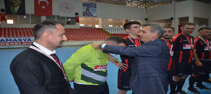 Taşova Öğretmenler Futsal Takımı İl 2.'si Oldu