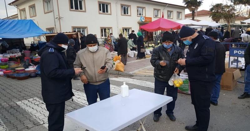 Taşova Pazar Yeri Girişinde HES Kodu Uygulaması Başladı
