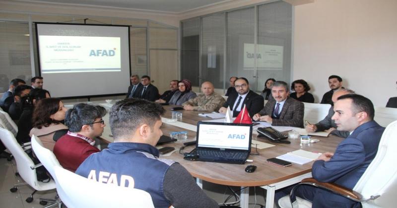Taşova'da Afet ve Acil Durum Planları Hizmet Grubu Toplantısı Yapıldı