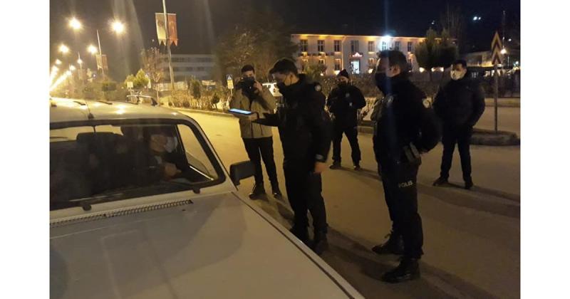 Taşova'da Sokak Çıkma Yasağı Denetimi Yapıldı