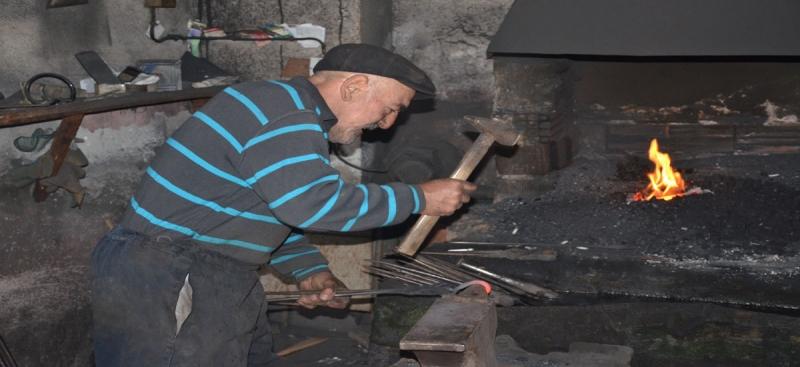 Taşova'da Son Demir Ustaları