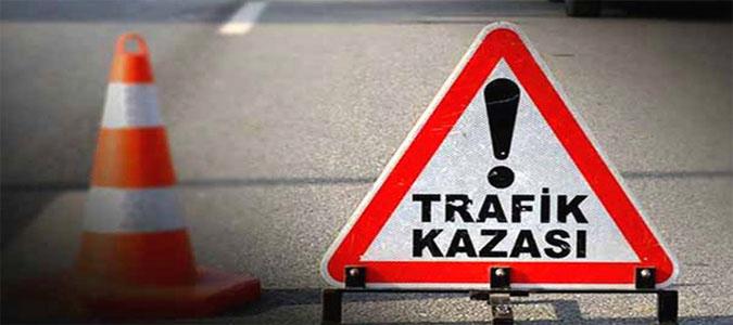 Taşova'da Trafik Kazası :2 Yaralı