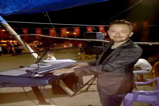 Taşovalı Genç Müzisyen Talha Gültekin'den Taşova Yöresel Oyun Havaları