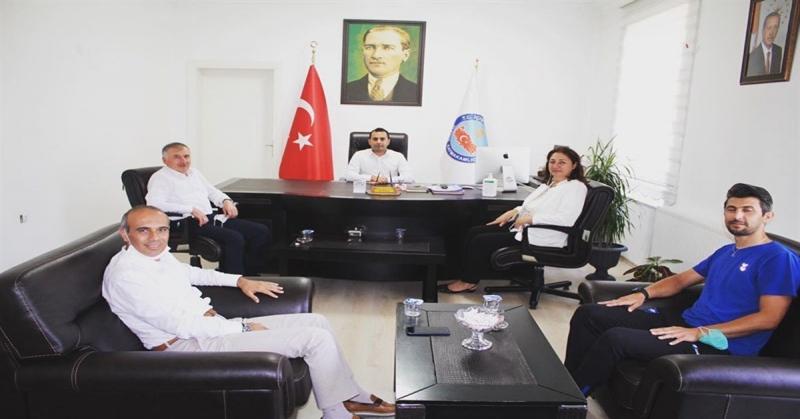 Türkiye Oryantiring Federasyonu Başkanı Hacer Akyüz Kaymakam Çelik'i Ziyaret Etti
