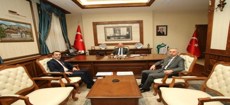Vali Varol,Kaymakam Çelik ile Başkan Öztürk'ü Kabul Etti