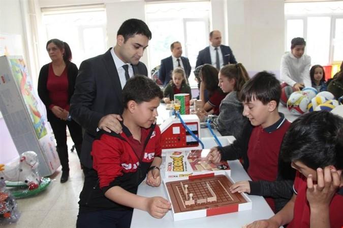 Atatürk Ortaokuluna Zeka Oyunu Sınıfı