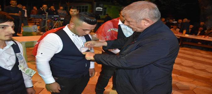 Başkan Sarı, Uluköy'de Asker Uğurlamasına Katıldı