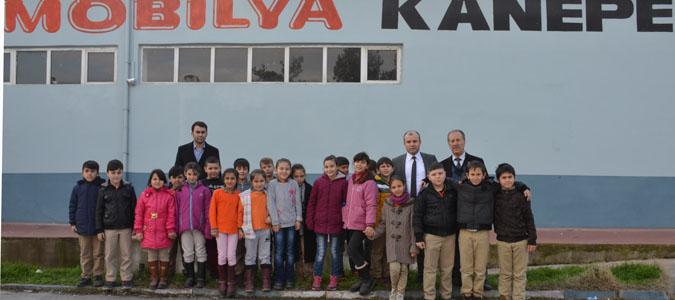 Cumhuriyet Okulundan Özgür Mobilya Fabrikasına Ziyaret