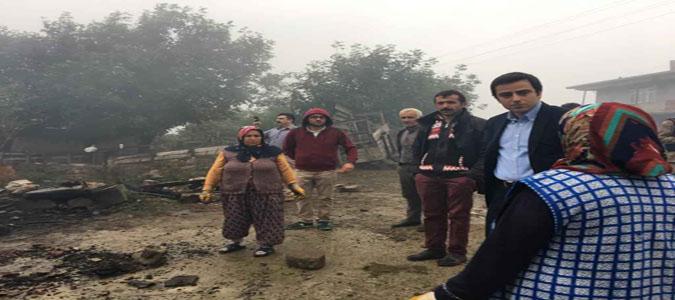 Taşova Kaymakamı Altuntaş Kavaloğulu Köyünde Yangın Mahallinde İncelemelerde Bulundu
