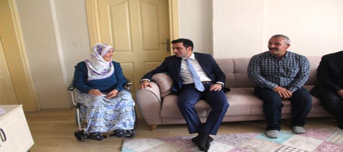 Taşova Kaymakamı Altuntaş'tan Şehit Ailelerine Ziyaret