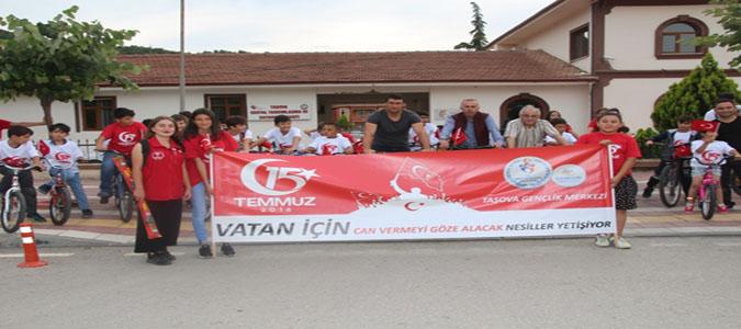 Taşova'da 15 Temmuz Bisiklet ve Uçurtma Şöleni