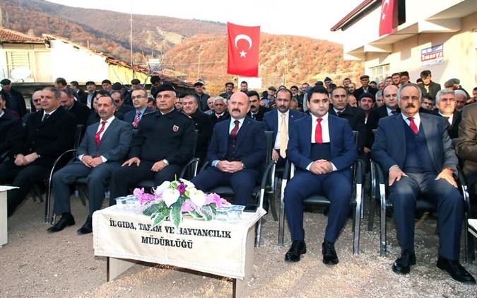 VALİ OSMAN VAROL YUKARI BARAKLI'YI ZİYARET ETTİ
